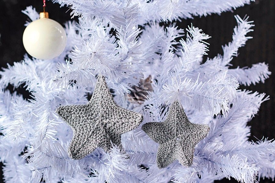 Free Christmas star knitting pattern in 2020 Crafts