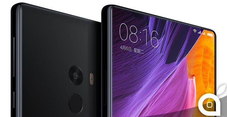 Xiaomi Mi MIX lo smartphone senza bordi è davvero bello ma anche molto fragile