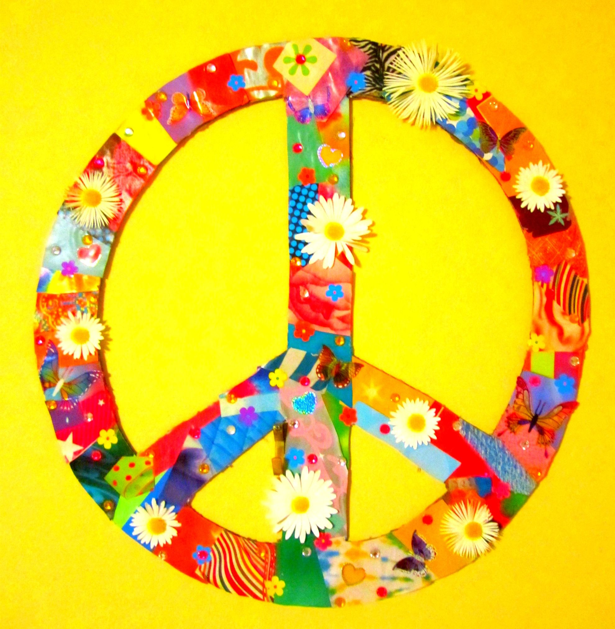 collaged peace sign | Aℓℓ Y☮υ ηεε∂ Is レ☮√乇 | Pinterest | Peace ...