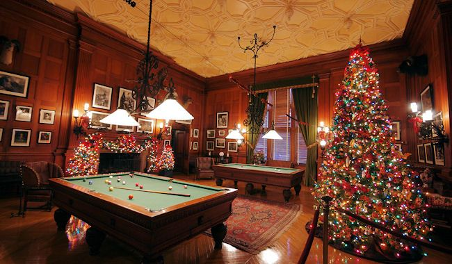 Billiard Room: The Vanderbilts And Their Guests Enjoyed Playing Billiards  On The Custom Oak Tables