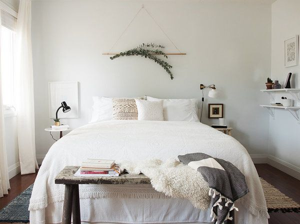 Bedroom Decorating Ideas What To Hang Over The Bed: 14 Decorating Ideas For The Wall Above Your Bed