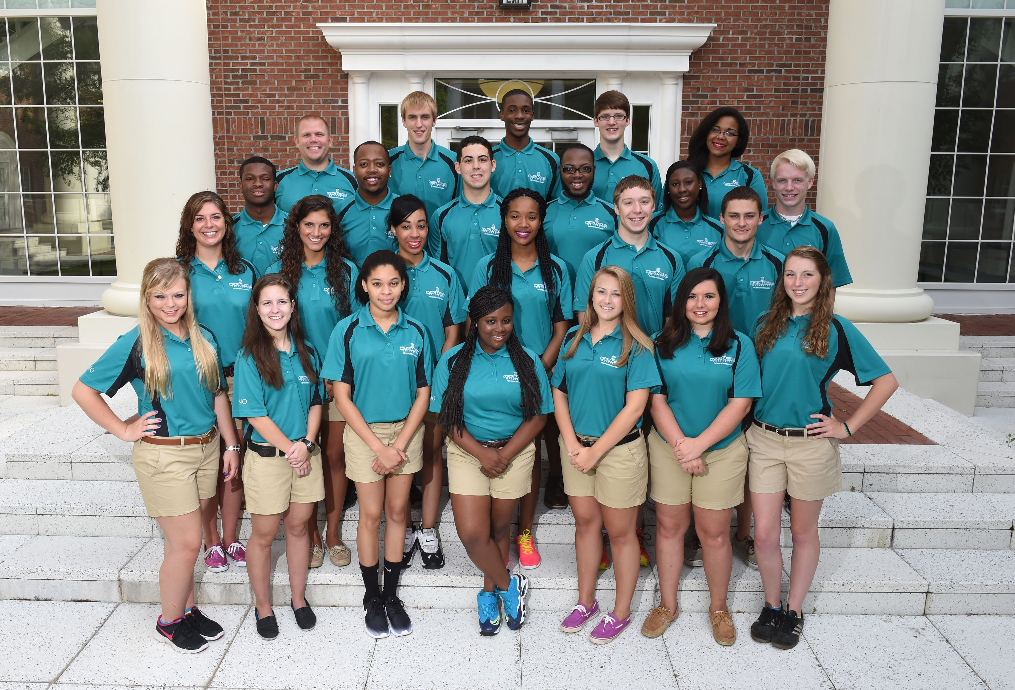 Our orientation leaders always wear teal. | Teal outfits. Teal. How to wear