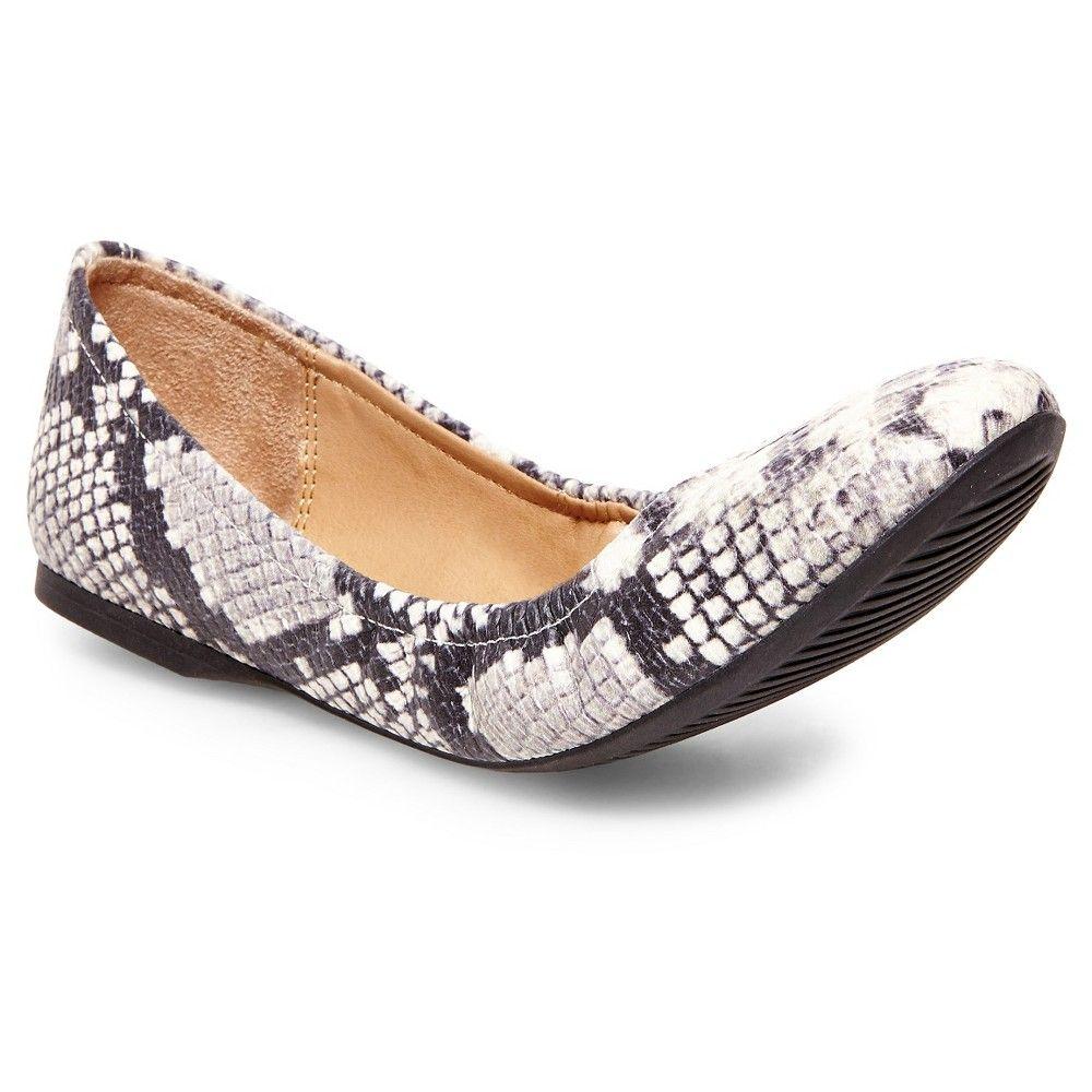 896054b525f6 Women s Ona Scrunch Ballet Flats - Blush 6.5