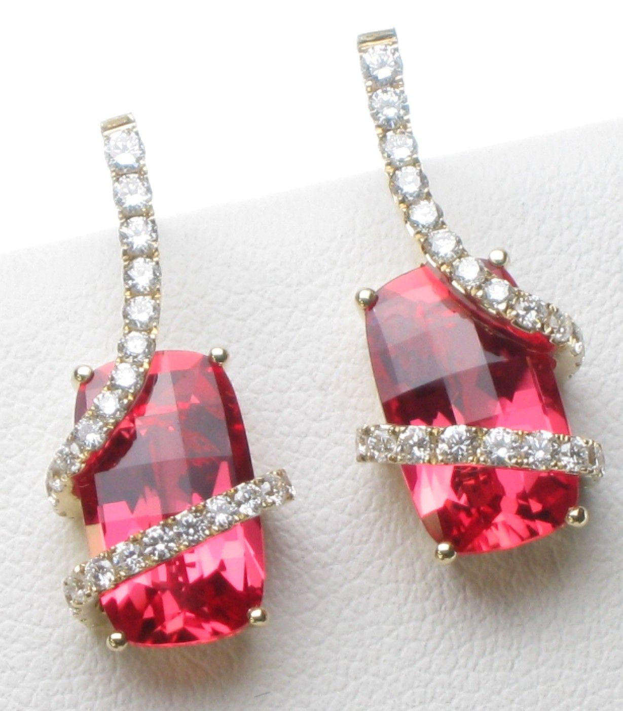 deller dakota pink sapphire cushion twinkle padparadscha earrings stud cut products studs