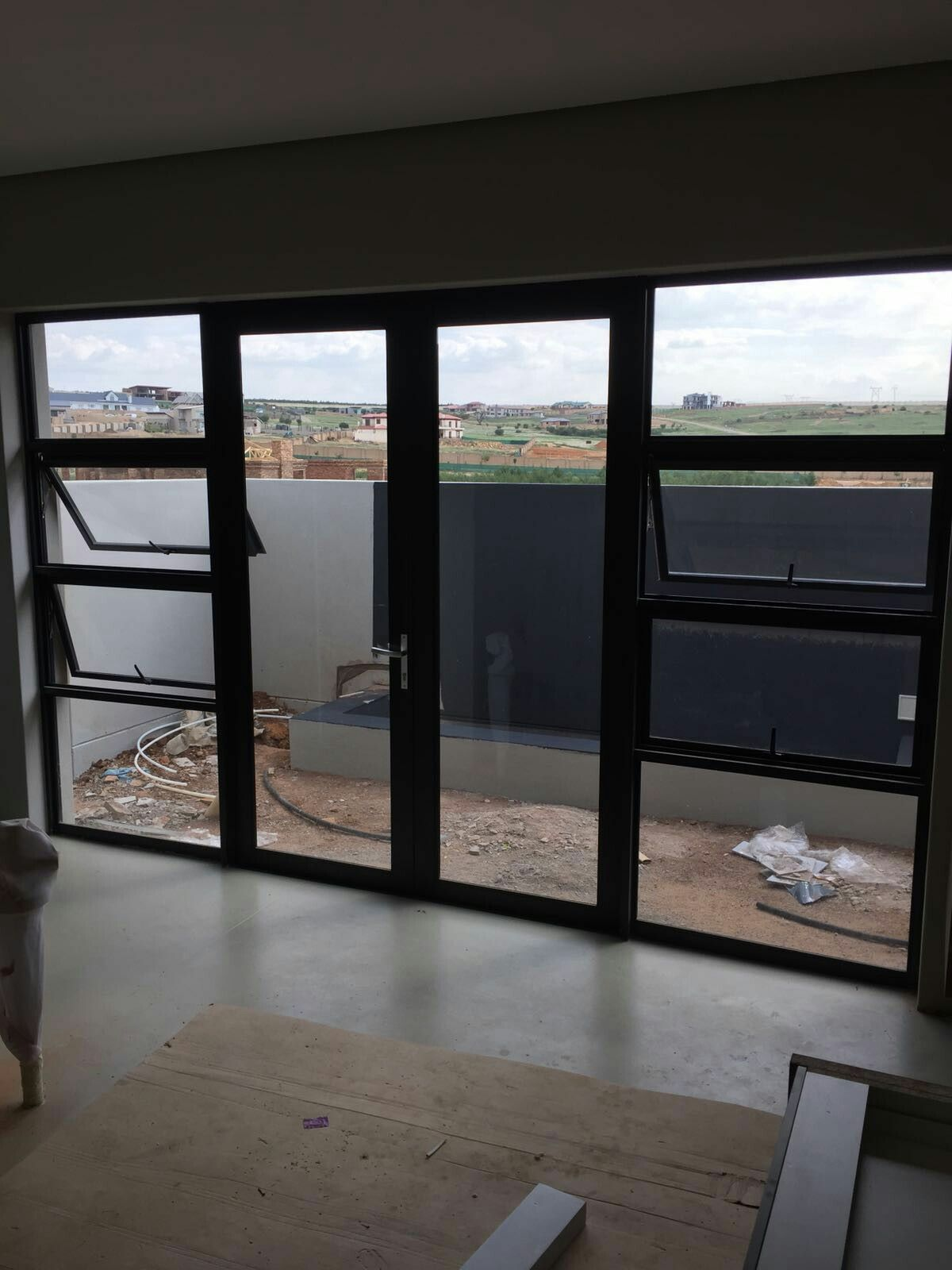 Aluminium Double Door With Sidelights Aluminium Doors Windows And Doors Modern House