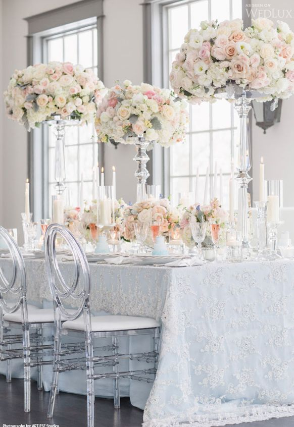 One Of The Hottest Trends For Weddings Are Ghost Wedding Chairs Clear With A Modern Flair