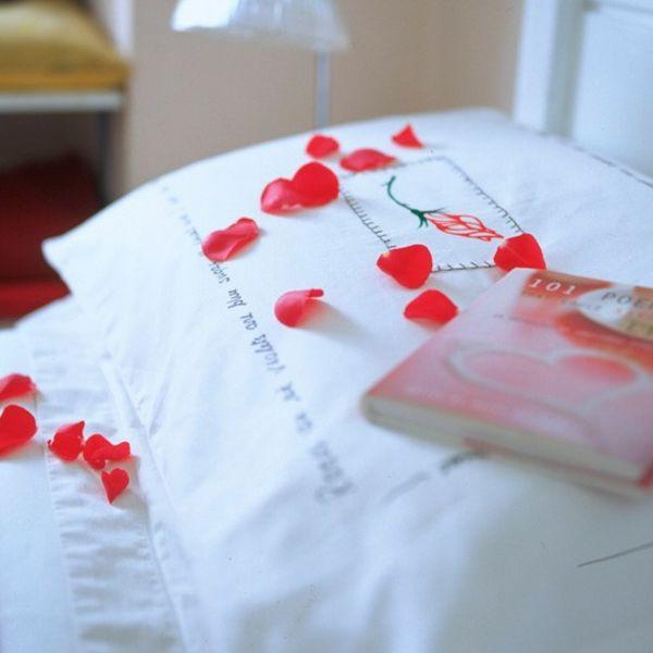 Valentinstag » Romantik Zum Valentinstag U2013 6 Schlafzimmer Deko Ideen #ideen  #romantik #schlafzimmer