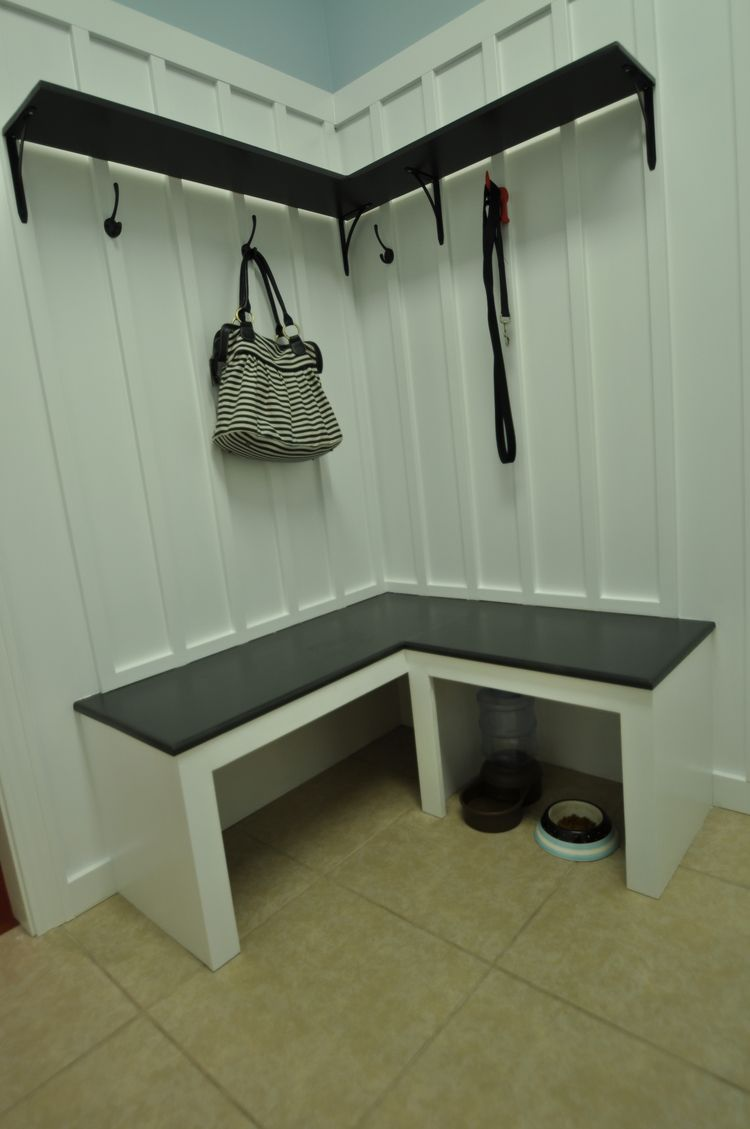 Corner Mudroom Bench Mudroom Bench Tutorial Great For Those Corner Spaces House