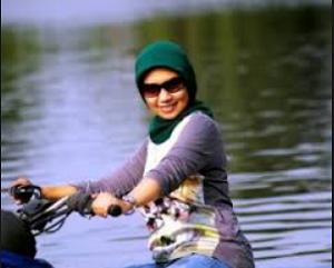 Ani Janda Kaya Kalimantan Cari Jodoh Setia Mode Wanita Kalimantan