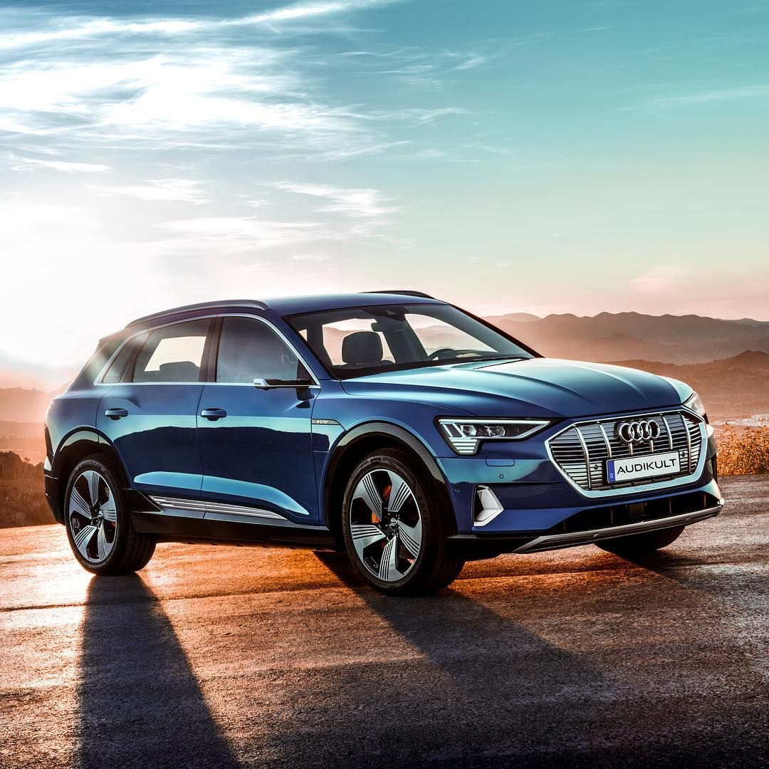This Is The Future With The Audi E Tron We Finally Have Our Premium Electric Car With 4 Rings On It Electric Suv Audi E Tron Audi E Tron E Tron Audi