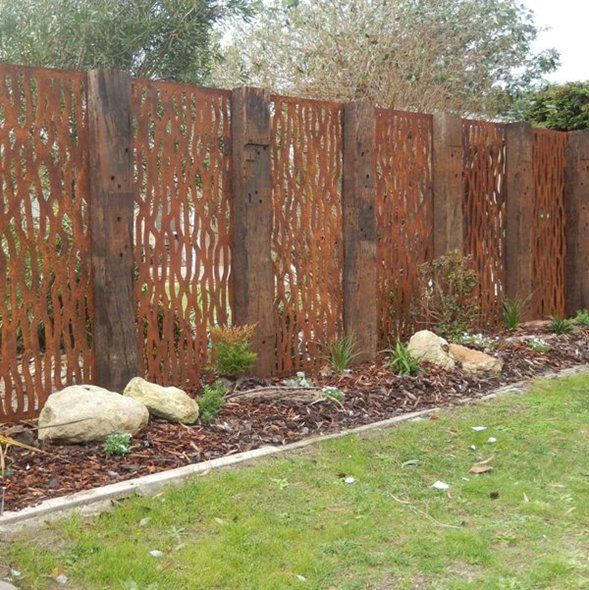 Chippy 39 s outdoor vine pattern steel screen corten steel for Garden feature screens