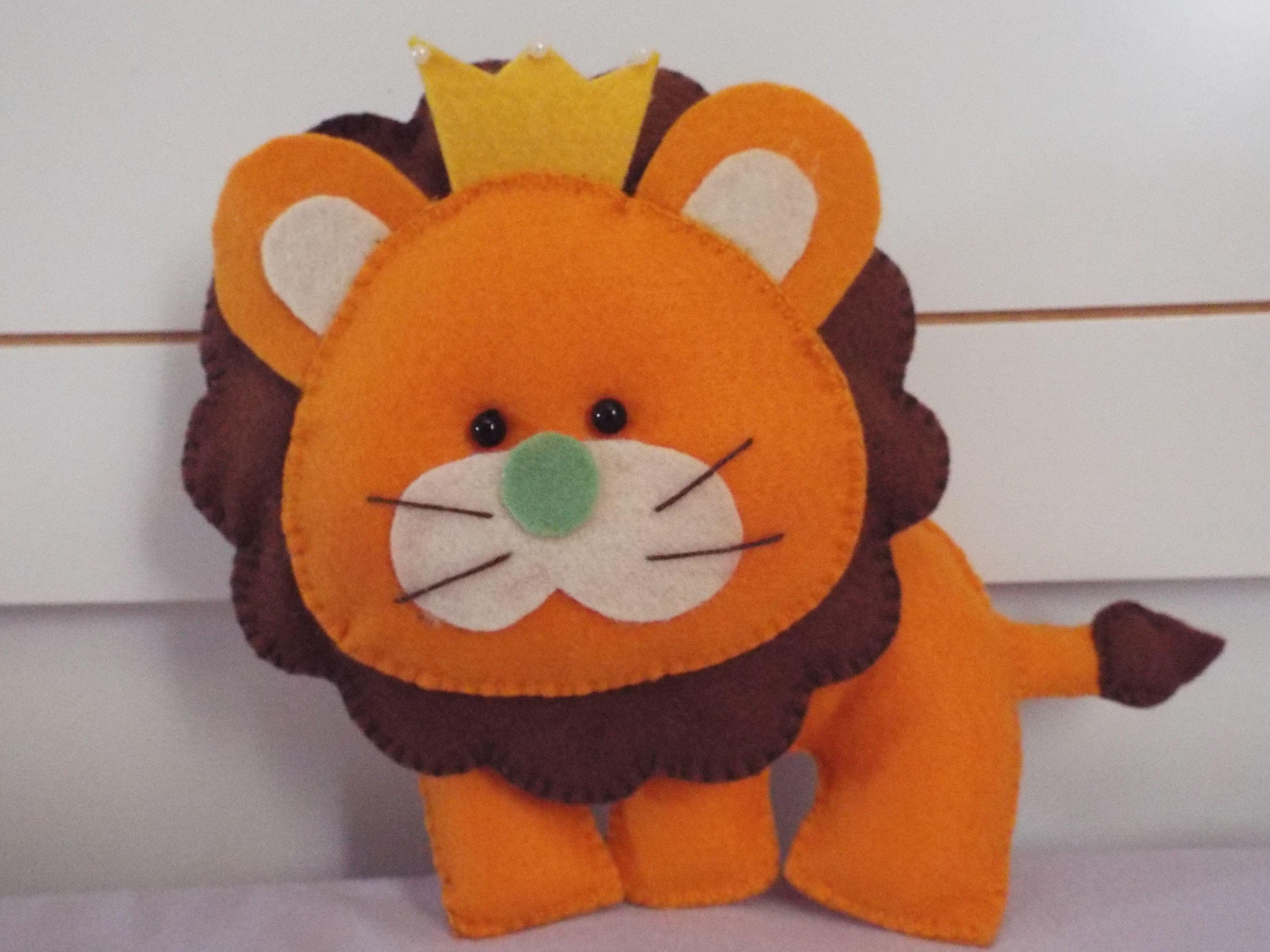 Leão em feltro by Lu Augusto. Leãozinho em feltro.
