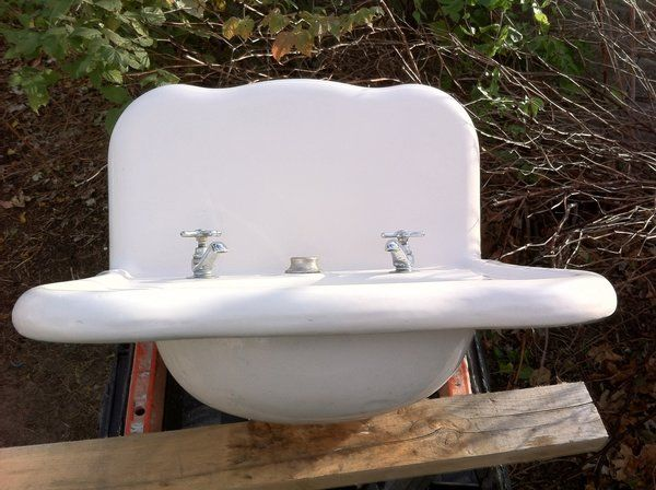 Rare Antique Wallmount Curved Scalloped Victorian White Bath Sink In Awesome Condition 1911