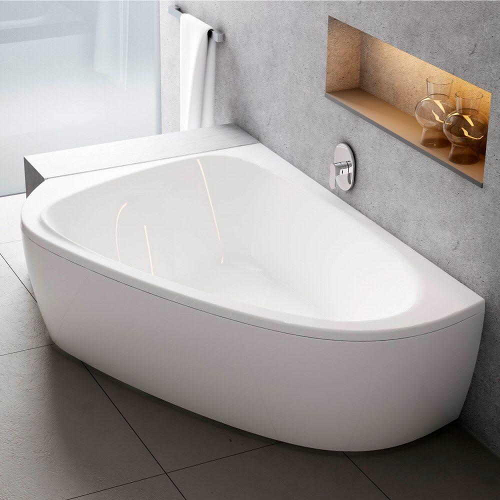 Wellness Moments In Your Freestanding Bathtub In 2020 Grosse Badewanne Badewanne Badezimmer