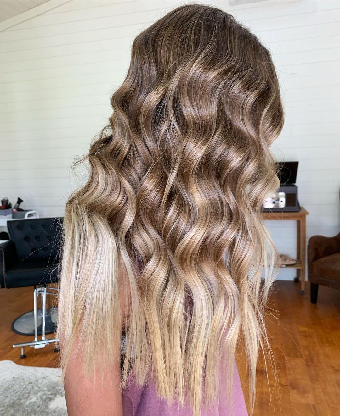 Lafayette La Hair Stylist On Instagram Happy Saturday Toned With Redken Shadeseq 9p 000 Shadeseqgloss Shadeseqformulas In 2020 Hair Stylist Hair Redken