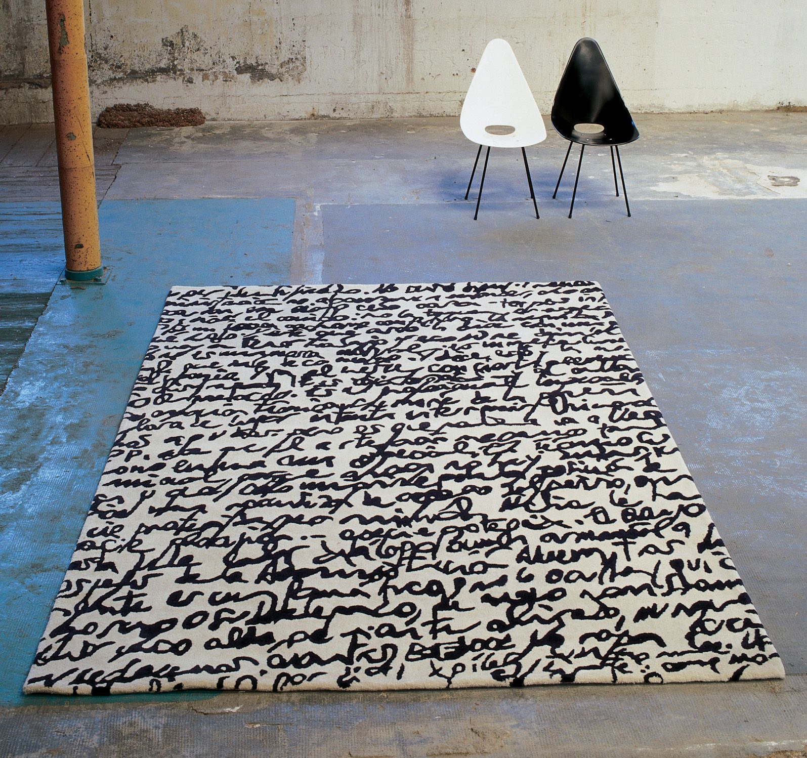 Manustrit Modern Black White Area Rug By Nani Marquina With