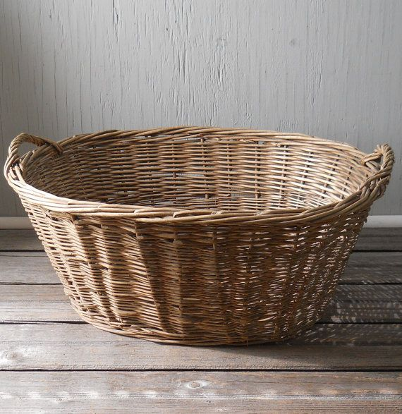 antique wicker laundry basket i just got one identical. Black Bedroom Furniture Sets. Home Design Ideas