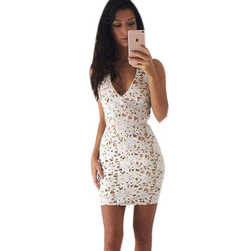 Evening bandage dress with lace