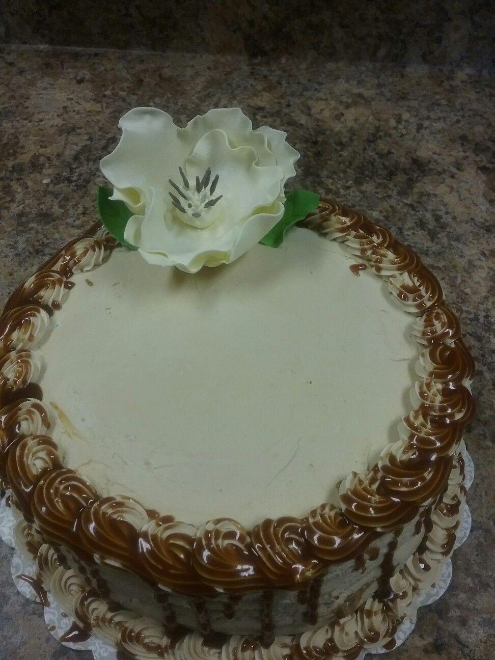 Freash banana pound cake with homemade caramel sauce and
