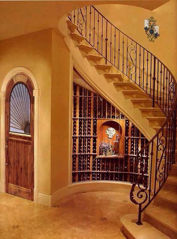 Gradas gradas pinterest escalera cava y de las casas for Cava bajo escalera