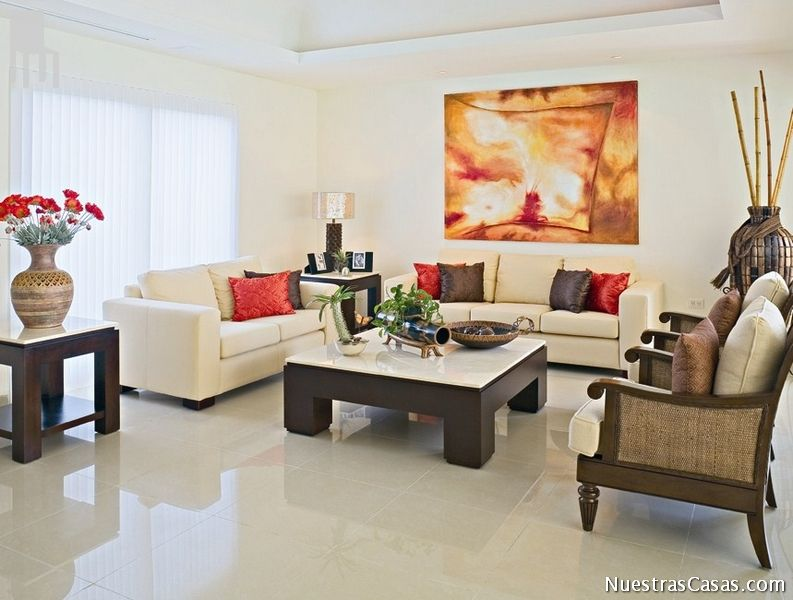 Sala beige home ideas pinterest impresionante mesas for Decorar piso 20m2