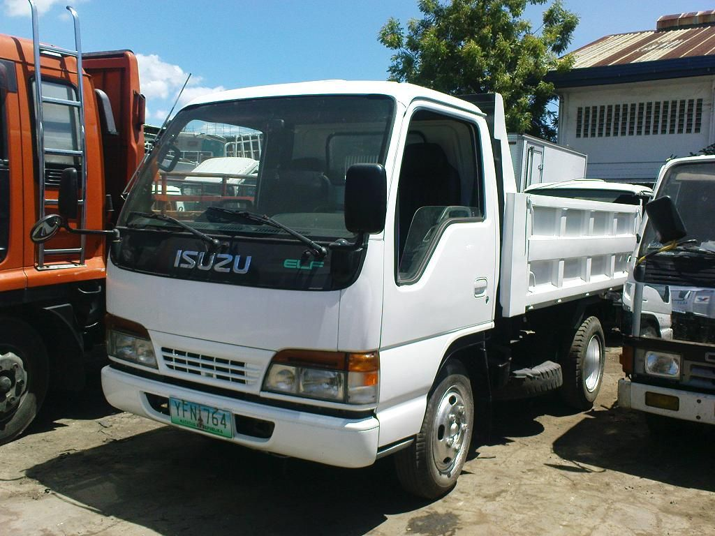Isuzu Elf Nkr Trucks Daihatsu Elf
