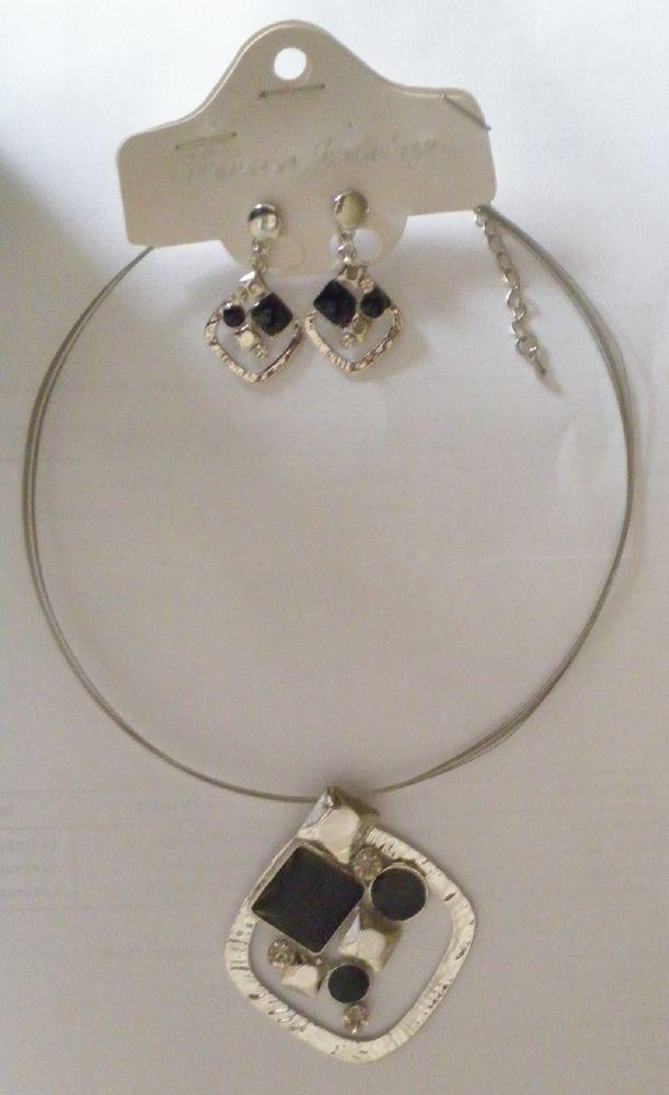 Collier et boucle d'oreille diamant