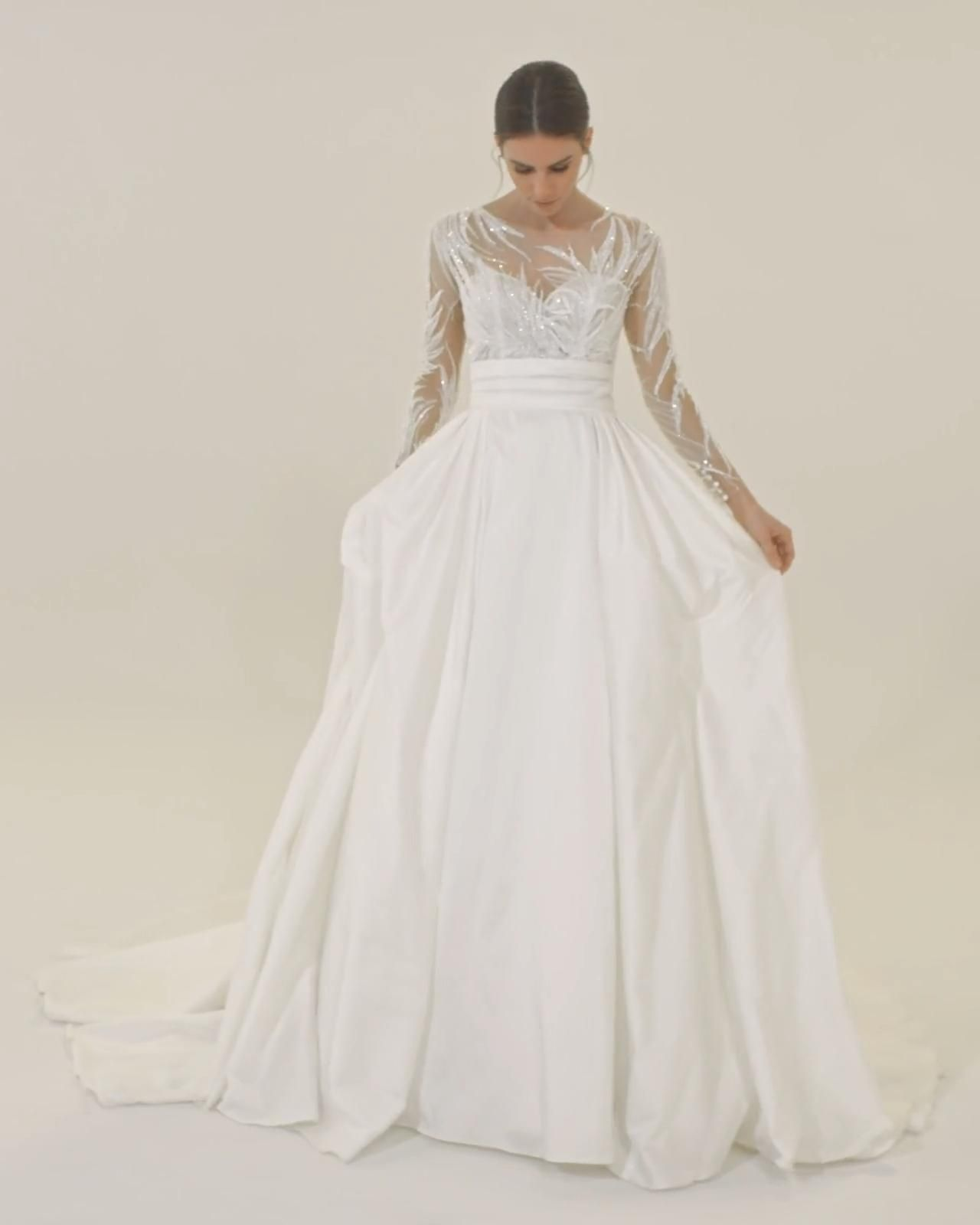 Princess wedding dress with long sleeves tattoo effect, Blondell by  Pronovias [Video]   Wedding dresses, Short wedding dress, Pronovias wedding  dress