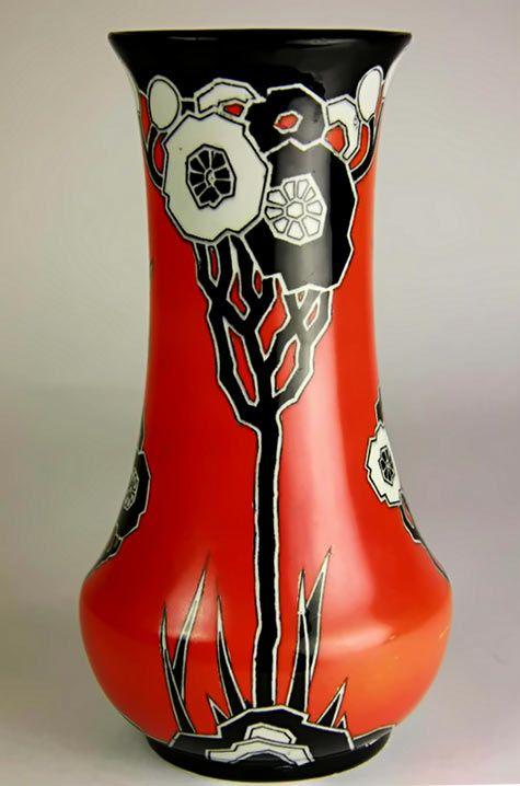 Art Deco Stylized Flower Ceramic Vase (c.1925) by Carlton Ware, England