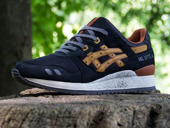 asics gel-lyte iii trainer in black yellow and orange