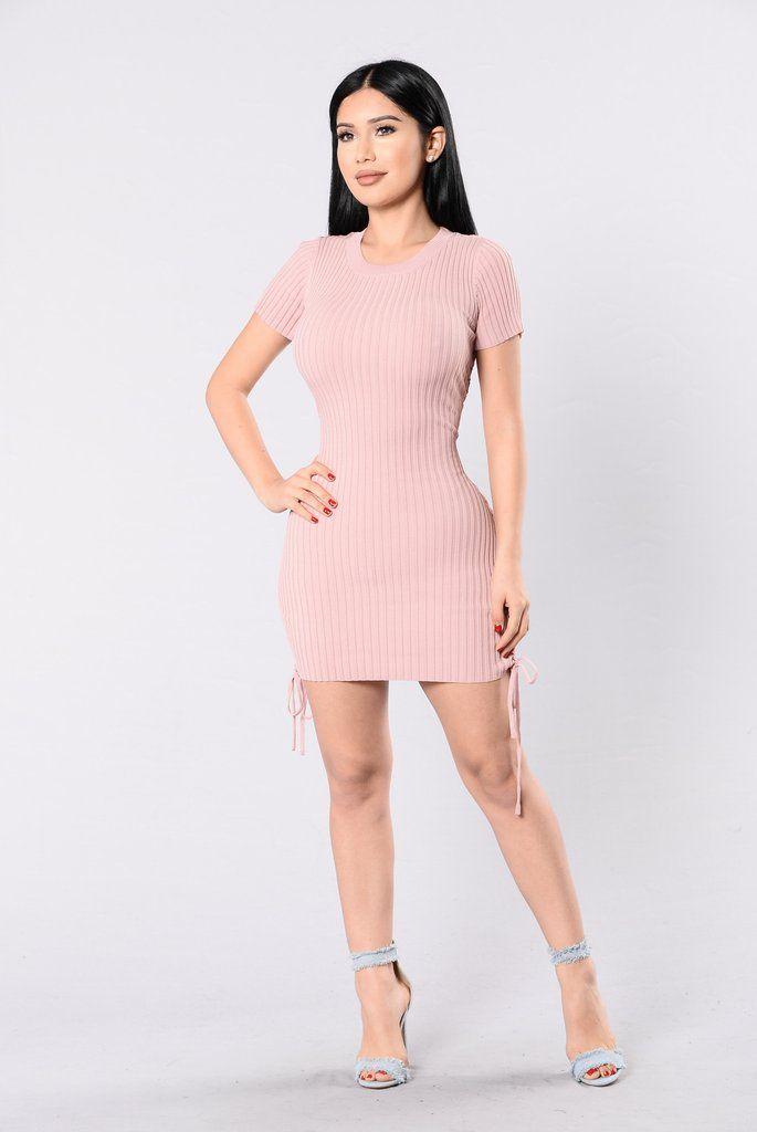 Kelis Dress - Blush | Vestidos prom, Vestiditos y Armarios de ensueño