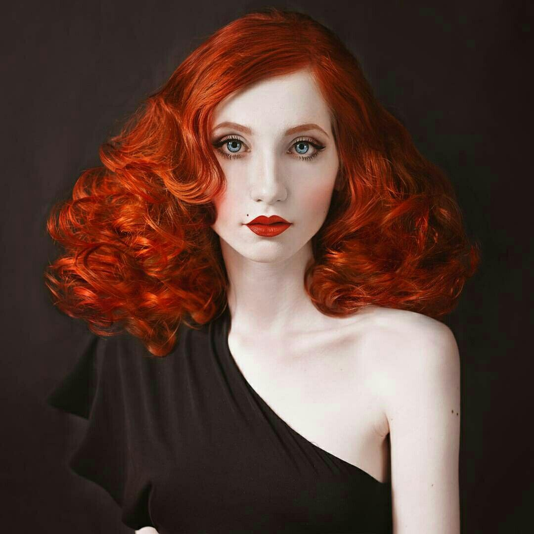 1950 Makeup, Beautiful Red Hair, Red Ombre, Redhead Makeup, Red Hair Woman