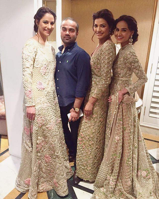 Instagram Photo By Pakistan Vogue May 15 2016 At 5 15pm Utc Pakistani Bridal Dresses Indian Wedding Gowns Pakistani Outfits