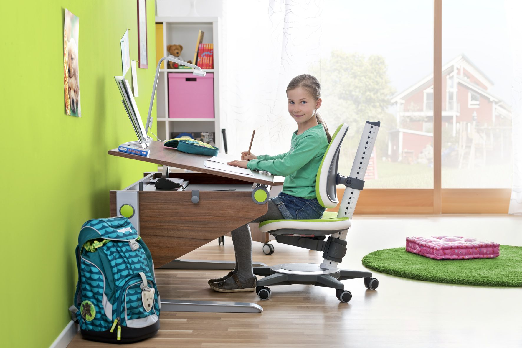 moll New Basic WINNER Ergonomic Desk with the moll