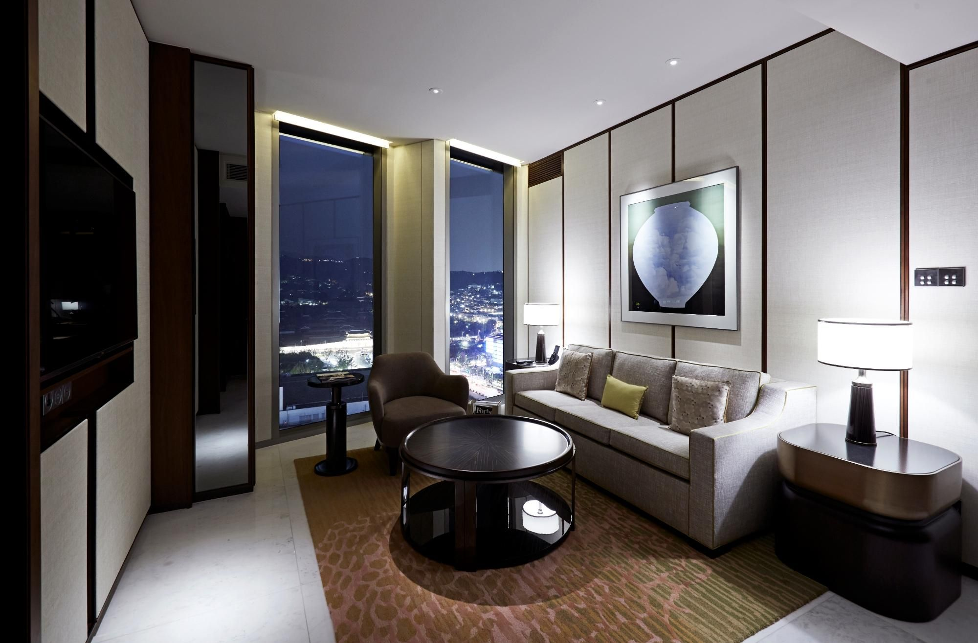 Accommodation details seoul luxury hotel accommodations rooms - Four Seasons Hotel Seoul South Korea