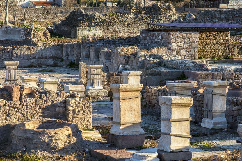Alexander Troas Ancient City ile ilgili görsel sonucu