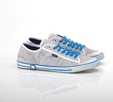 Must Have: D.A.T.E. Shoes