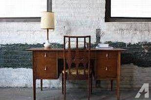1960s Broyhill Brasilia Desk Vanity mid century by Oscar Niemeyer