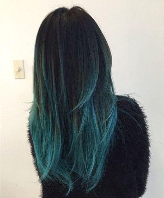 Schwarz Zu Blaugrünen Und Blauen Ombre Haarfarbe Mit