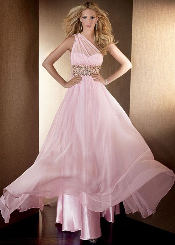 17  images about prom on Pinterest - Pink ball gowns- Long prom ...