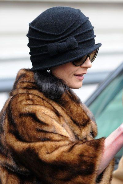 catherine zeta-jones hat  | Catherine Zeta-Jones mit Tierfetisch - CELEBRITY.de