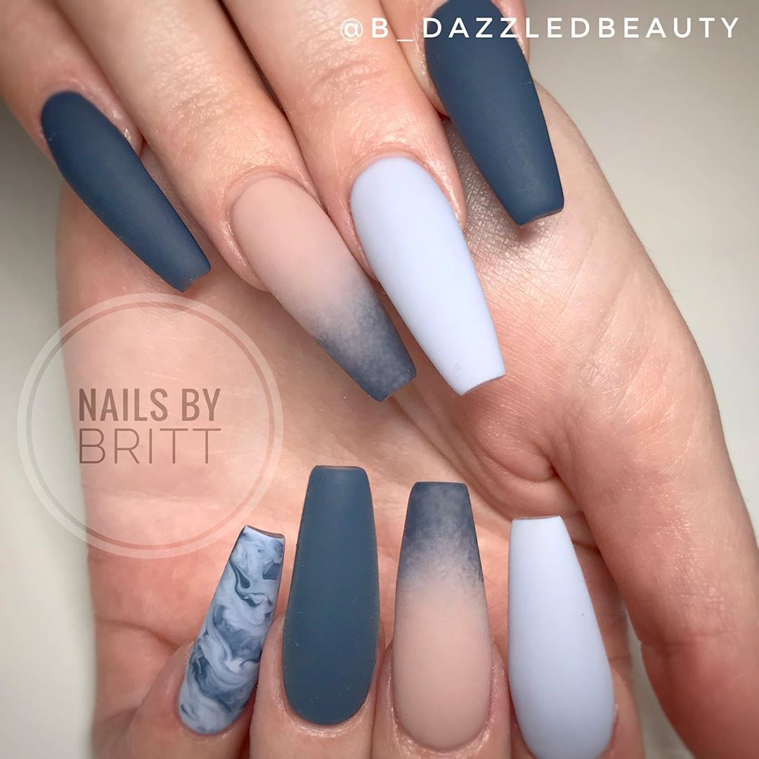 Nail Art Professionals Give Advice Do S And Don Ts For Creating Repost Worthy Nail Art Photos For Social Media Branding Fake Nails Pretty Acrylic Nails Nails
