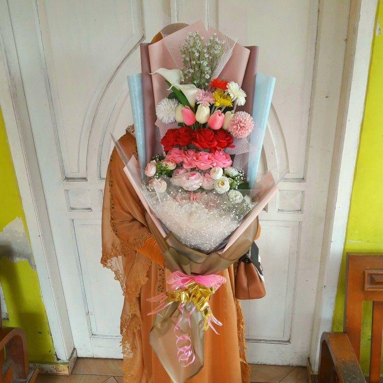 Buket Bunga Artificial Bunga Buket Wisuda