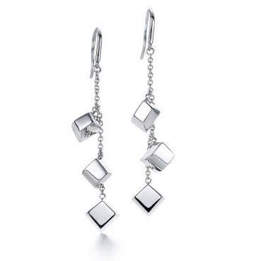 TF earring 0086