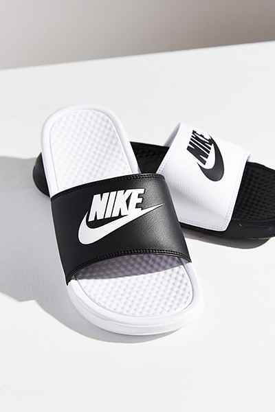 43d9bb3a3 Nike Benassi JDI Mismatch Slide