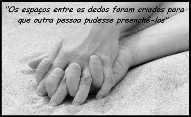 Imagens De Casal Na Cama Fotos Para Facebook Com Frases Românticas