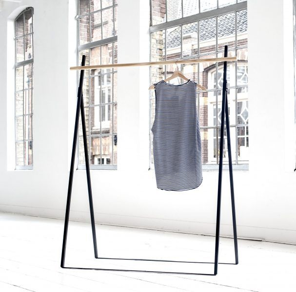 The Yaco Rack Can Be Used During Pop Up Shops At Trade Fairs Or