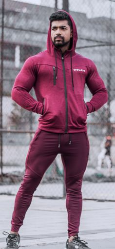 Our Avenue Hoodie Provides The User With The Ultimate Tapering Fit, Ensuring A Tight Waist And Shoul...