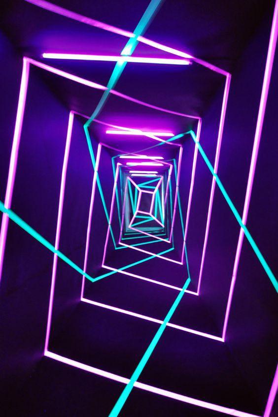 Digital Wave Violet Bleu Rose Neon Tunnel Desain Pencahayaan Desain Neon Ruang Seni