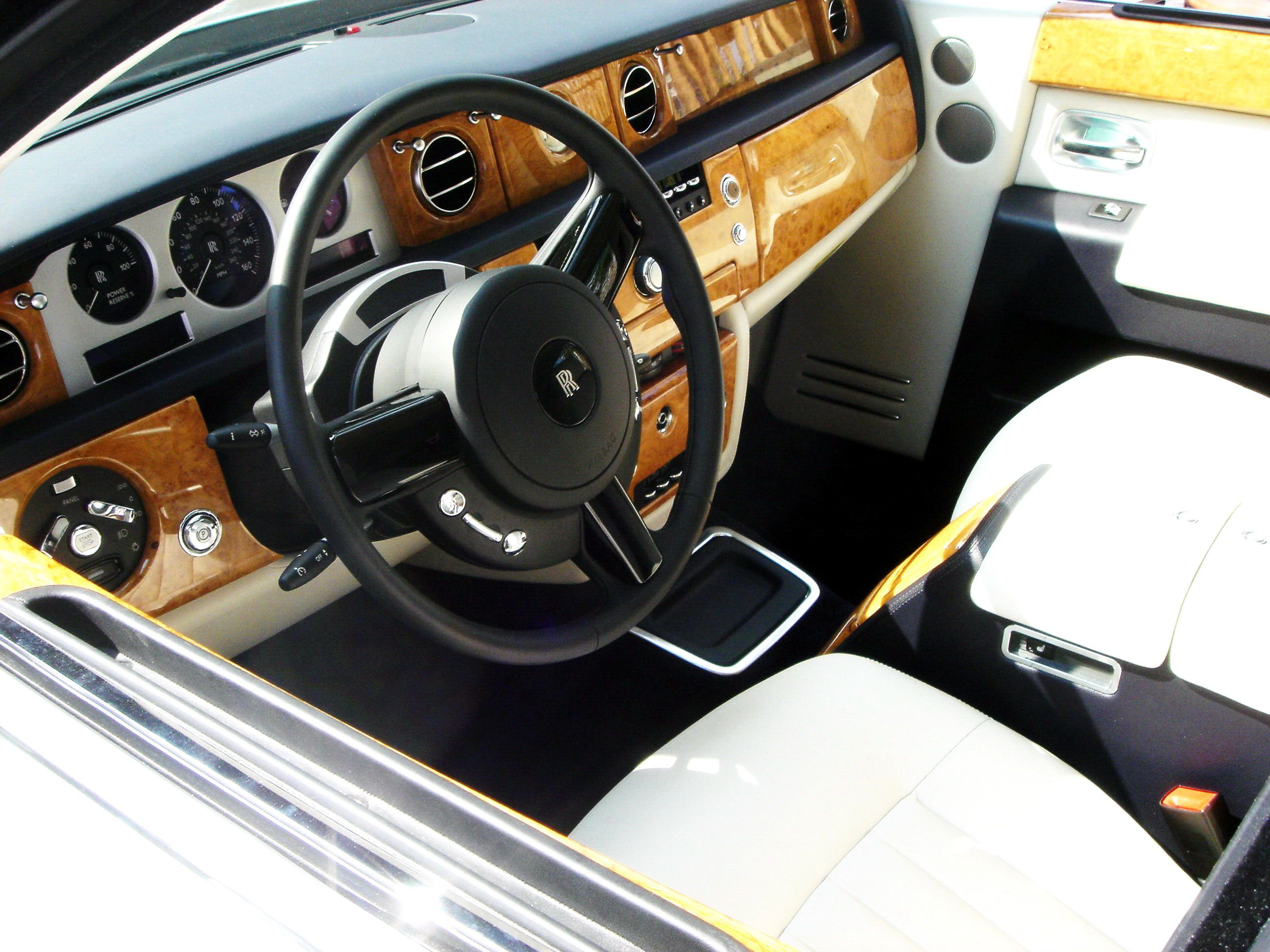 Car Interior In Oak Burl Bohlke Oak Oakburl Our Wood